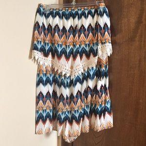 Aztec print Romper with lace trim